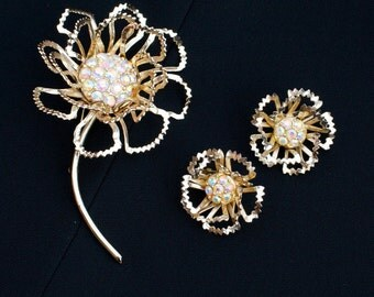 Sarah Coventry ALLUSION Aurora Borealis Rhinestone Floral Goldtone Brooch and Earring Set
