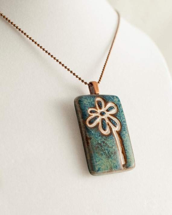 Porcelain flower pendant with copper ball chain