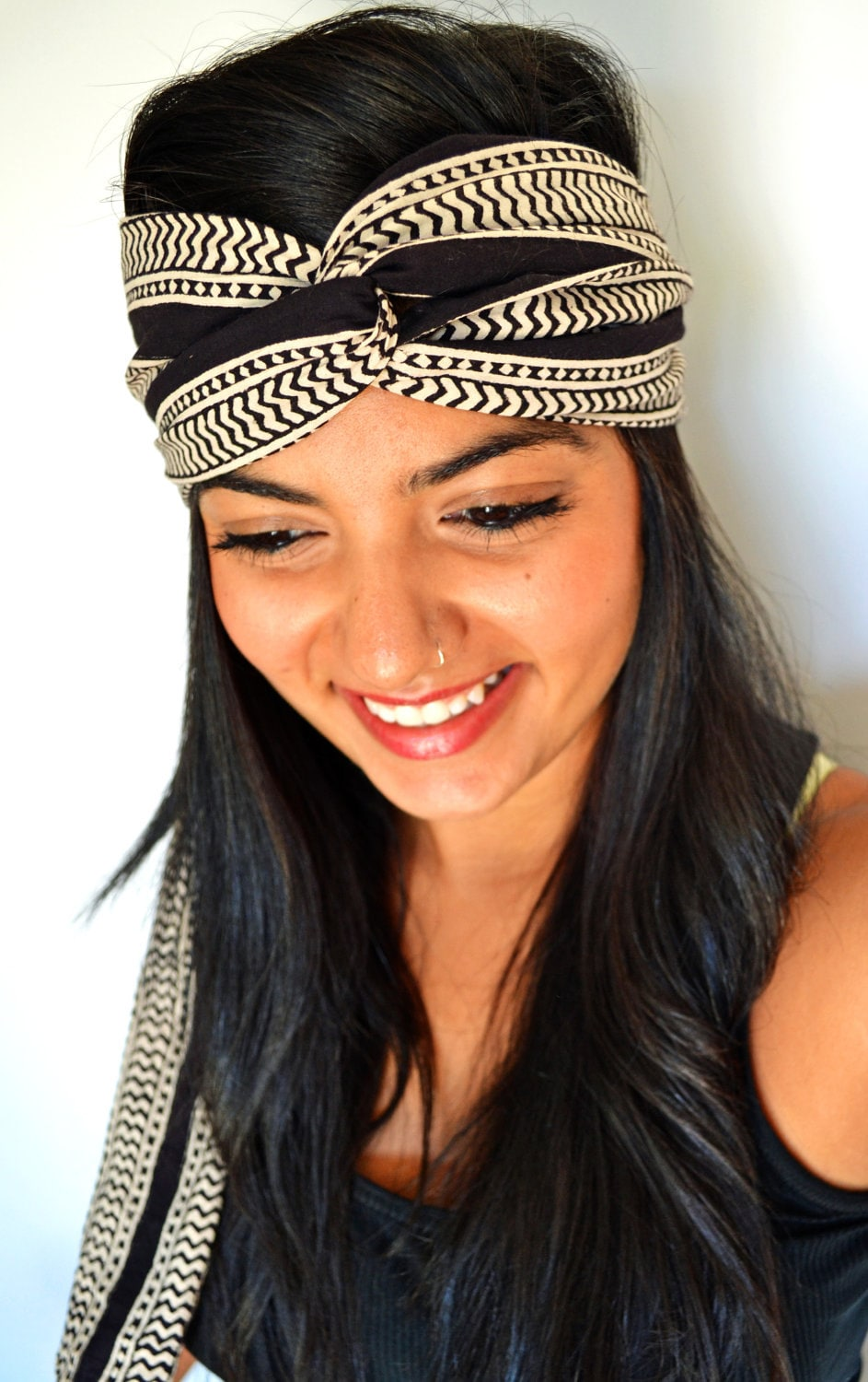 how to turn a scarf into a turban headband