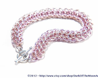 Champagne Gold and Pale Pink Persian Weave Chainmaille Bracelet, Brilliant Anodized Aluminum Rings with Tibetan Silver Heart Clasp