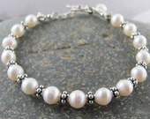 Faceted Ivory Freshwater Pearl and Sterling Silver Beaded Bracelet // Sterling Toggle Clasp // Dainty Pearl Bracelet // Pearl and Sterling