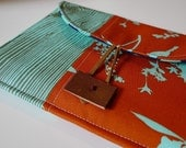LAST ONE iPad Mini/ Nook Color/ Kindle Fire/ Nook Simple Touch Pouch/  Kindle Keyboard Pochette In Rust, Turquoise Wildflower