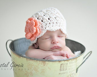Newborn Ivory Beanie with Flowers, White Hat for Baby Girls, Ivory Baby Hat, Infant Hat with Flowers, Baby Girls Hat, girls winter hat