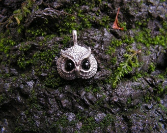 Sterling Silver Owl Pendant With Black Onyx Eyes.