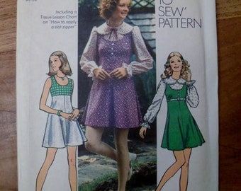 Vintage Simplicity 5424 Pattern for Mini-dress or Mini-jumper and Blouse 1972