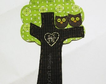 Personalized Tree with Initials.Love Owls Applique.Wedding Embroidery. Love Patch.Scrapbooking Embellishment. Custom Made to Order