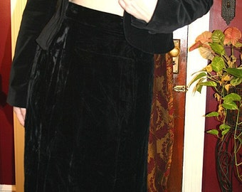 Vintage Black Long Velvet Skirt Small XS Steampunk Gothic