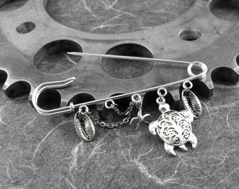 Sea Turtle Kilt Pin - Swimming In the Sea of Happiness by COGnitive Creations