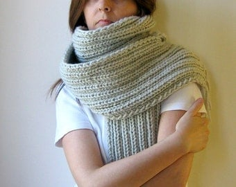 Light Gray Scarf, Chunky Knit Scarf, Hand Knit Scarf, Wrap Scarf, Scarf with Fringes, Long Scarf, Wool Scarf, Winter Scarf, Knit Shawl