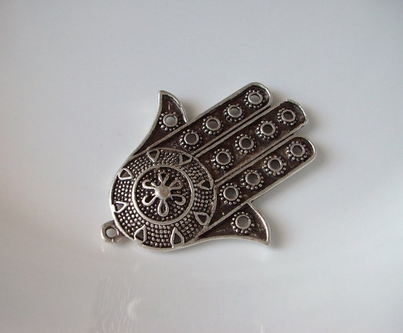 Hand of HAmza silver plated pendant, charm