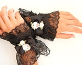Black Lace Cuffs - Victorian Fashion Wrist Cuffs - Steampunk