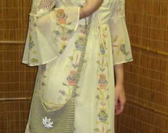 70s Lace & Floral Prairie Maxi Dress - Flower Child - Bell Sleeves - Yellow