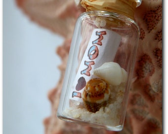 I Love Mom - Message In A Bottle Pendant - Capture Your Mom's Heart