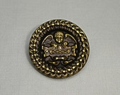 Old Picture Brass Button with Cherup - really pretty border