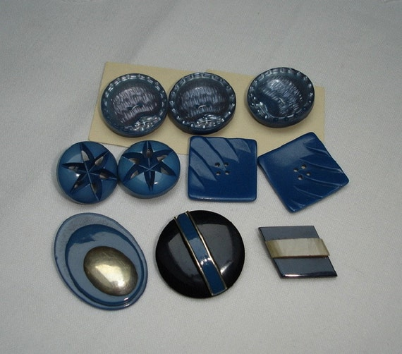 Vintage Art Deco Plastic Buttons in Blue Colors - 1 sets and 2 pairs