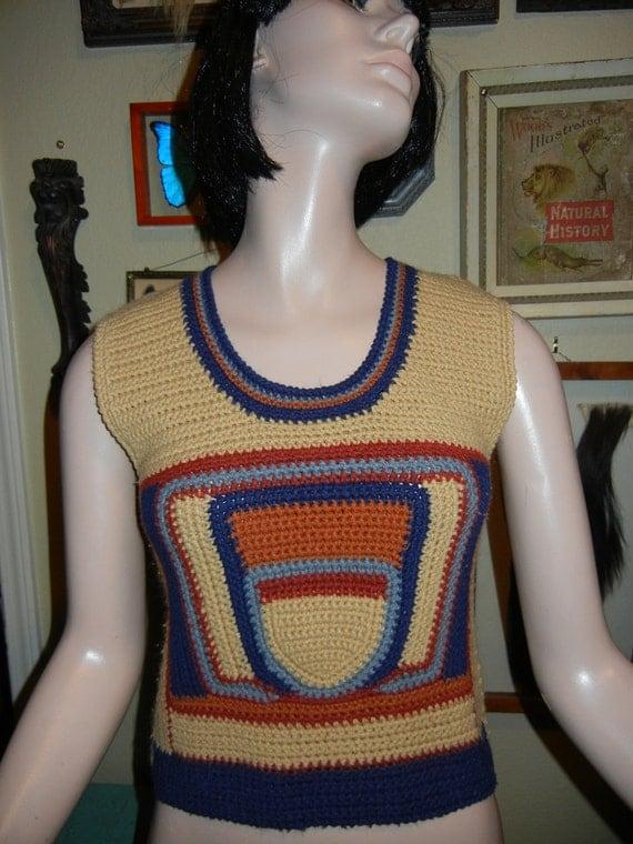 Adorable vintage acorn knit vest Size Small
