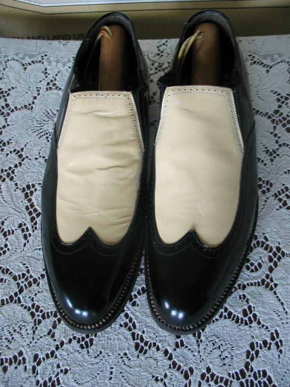 Vintage STACY ADAMS CLASSIC 2 Tone men's shoes loafers 8