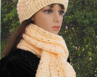 READY TO SHIP : Hat & Scarf set, Cream/off white  color, wool blend yarn, Hand knitted, in a little shell pattern stitch, extra long scarf