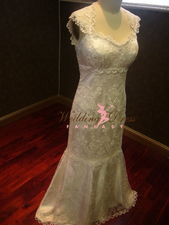 Gorgeous Lace illusion back Wedding Dress with cap sleeves