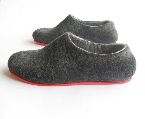 Mens Felted Wool Slippers Charcoal Eco Friendly, Color Rubber Soles, House Shoes, Mens Shoes, Organic Wool Slippers, Winter Shoes Wool Clogs