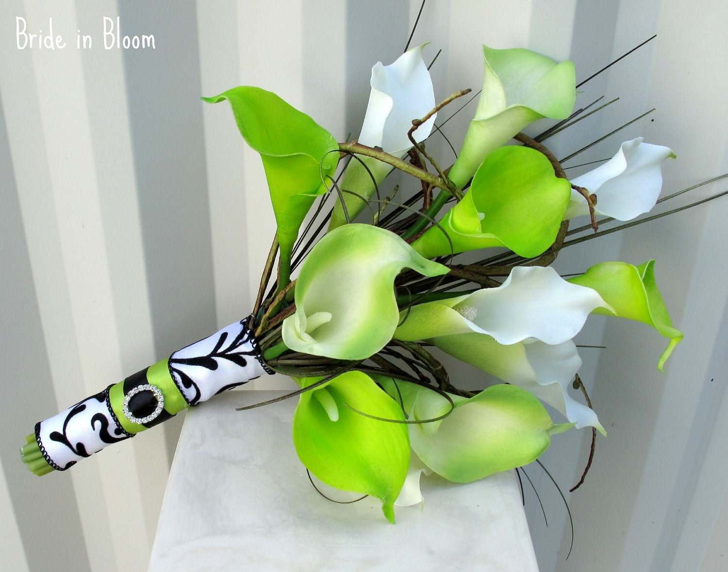 Lime Green Bridal Flowers : Southern blue celebrations green bridal bouquet ideas