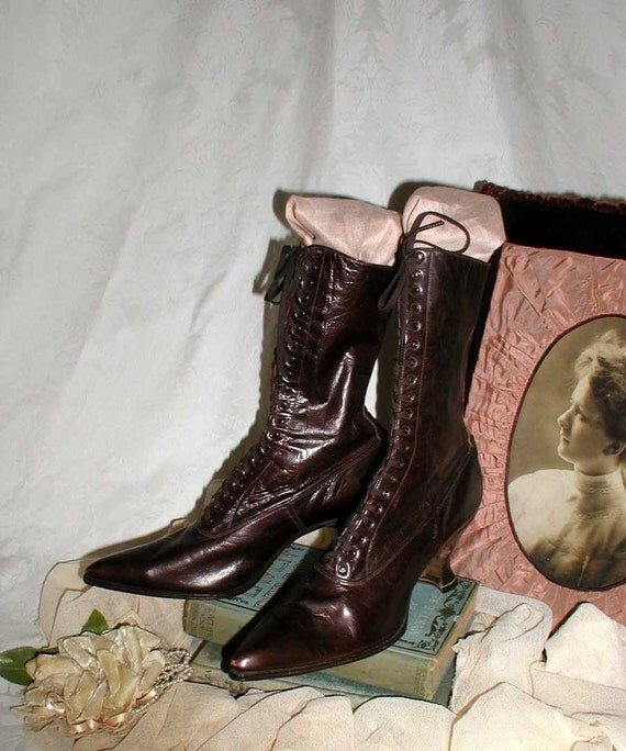 PRICE REDUCED! Edwardian Ladies Brown Leather Boots With Louis Heel Size 6-6 1/2 NOS - Never Worn