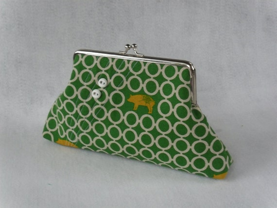 Green Geometric Pig Clutch