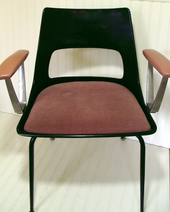 Mid Century Black Fiberglass Shell Chair - Vintage Kreuger Industrial - Mod Black and Pink with Steel - FREE Shipping
