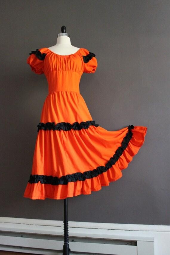50's Halloween Circle Dress / High Waist / Puff Sleeve / Audrey Coleman / Vibrant Orange / Black / Size Small