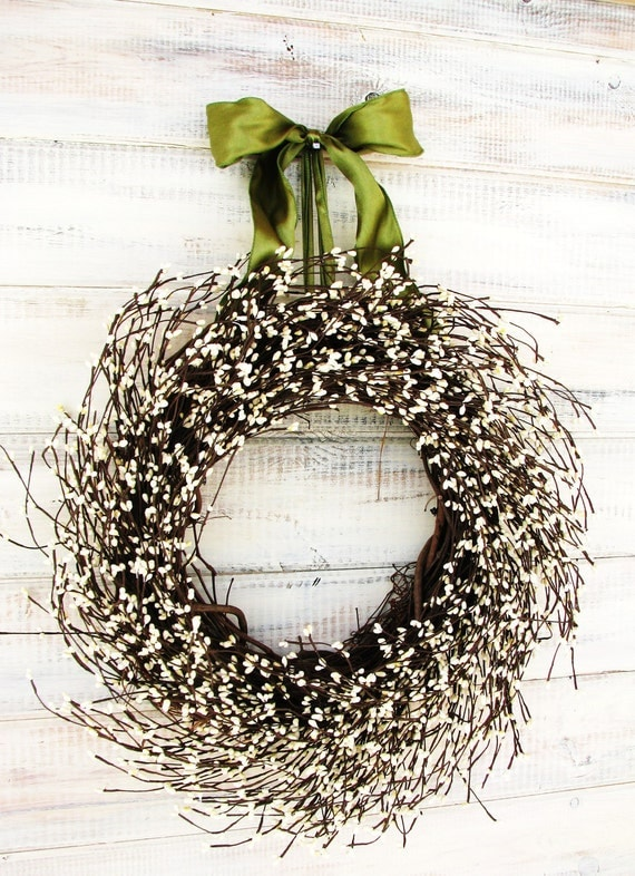 VICTORIAN COUNTRY COTTAGE-Antique White Berry Wreath-Rustic Home Decor-Summer Wreath-Scented Wreaths- Vanilla Sugar-Choose Scent- Ribbon