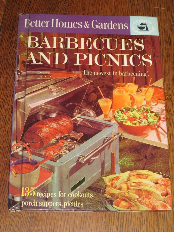 Barbecues and Picnics, 1963, Better Homes and Gardens, Fall Parties, Tail Gating, Football Weekends, Outdoor Cooking
