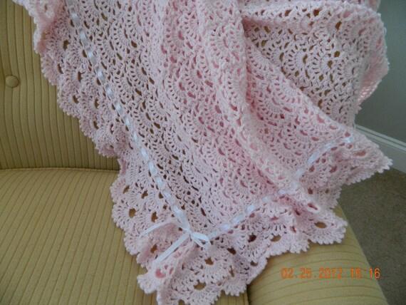 Crochet Patterns For Baby Blankets Edging : PINK crocheted baby blanket fan pattern intricate 3 tier