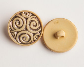 """14 Vintage 9/16"""" Carved Plastic Shank Buttons. Golden Yellow and Metallic Gold Tone with a Spiral Design. Hard Plastic. Item 0315P"""