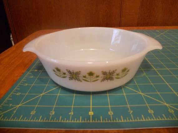 Fire King Meadow Green 1 qt. round vintage casserole dish