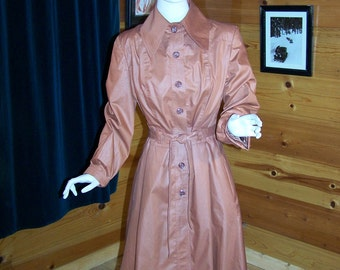 """Vintage 70's Women's Rain Coat  Rust Color- Fitted Bodice Gore Flare Skirt  Lined- Small -Bust 34"""""""