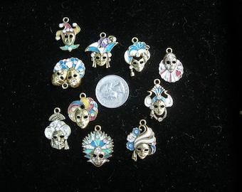 Pendants masks charms small enamel, crystals (2) Mardi Gras Purim Cirque du Soleil Halloween24/7 Team ESST, paganteam OlympiaEtsy, WWWG