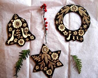 3 custom ornaments, ooak bird flower leaf design, wreath bell star, Christmas holiday rustic ooak decorations