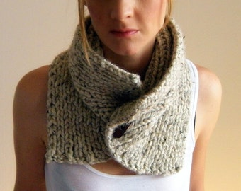 Women's cowl infinity circle scarf / THE FREMONT COWL / Oats