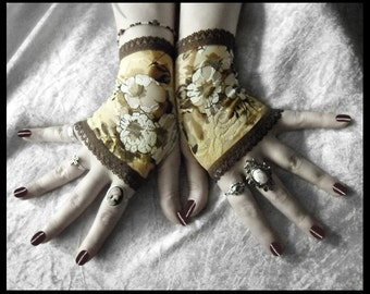 Bekah's Garden Lace Fingerless Gloves - Golden Cream Olive Brown White Floral - Gothic Regency Tribal Steampunk Noir Austen Wedding Romantic