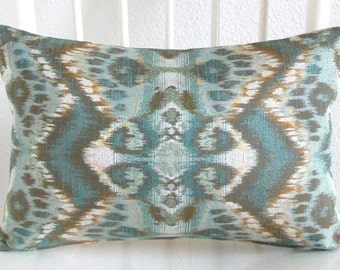 Rhythm Waves Pool glam ikat peacock - green teal gold pillow cover