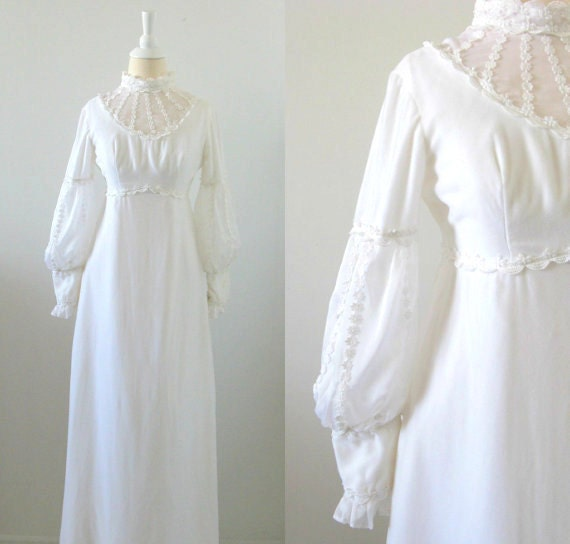 On sale vintage white velvet wedding dress 1970s for 1970s wedding dresses for sale