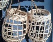 Garlic Baskets  -  Plain reed keeper