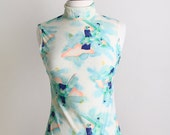Vintage Novelty Blouse - Sweet Mint Green Vintage 1920s Print 1970s Sleeveless Blouse - Small XS Great Gatsby