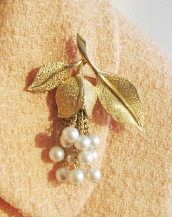 RESERVED - Lovely flower Brooch with pearl dangles 3 inches