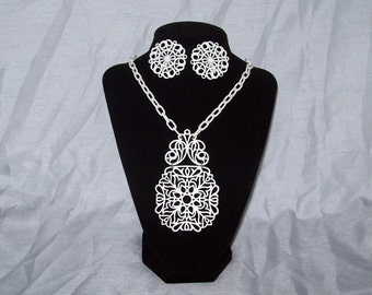 Trifari Parure - Collectable Necklace and Earring Set - White Enamel Filigree Vintage 1960s