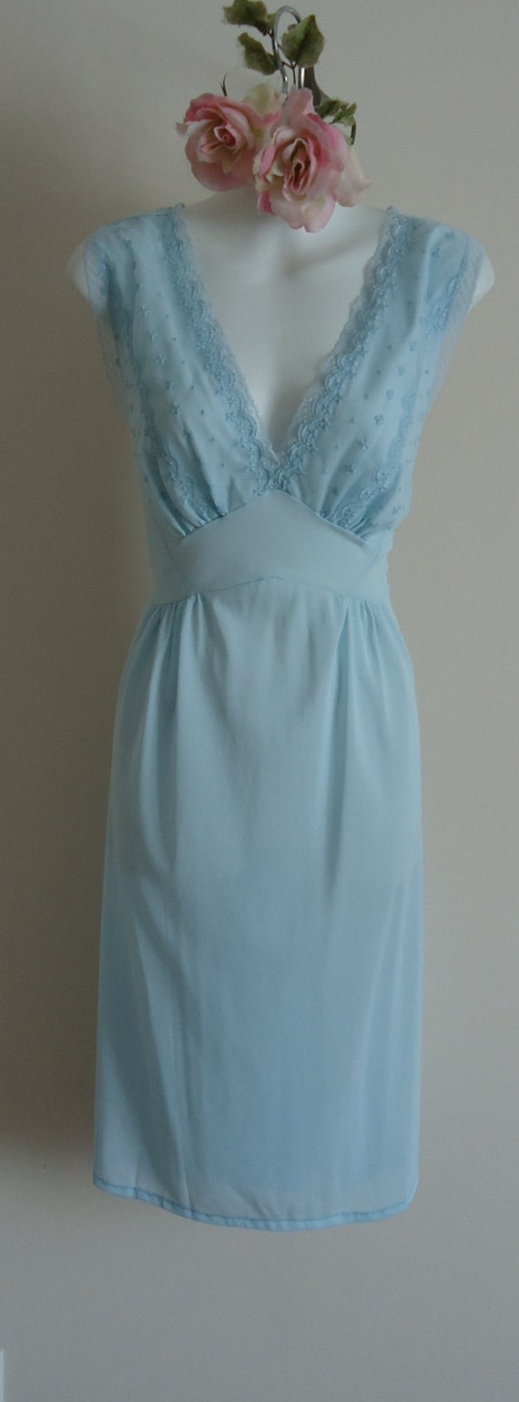 Vintage Nightgown, Vintage Lingerie, 1960s Nightgown, 1960s Luxite, 1960s Kayser, Pale Blue Nightgown, Blue Nightgown, Wedding, Romantic