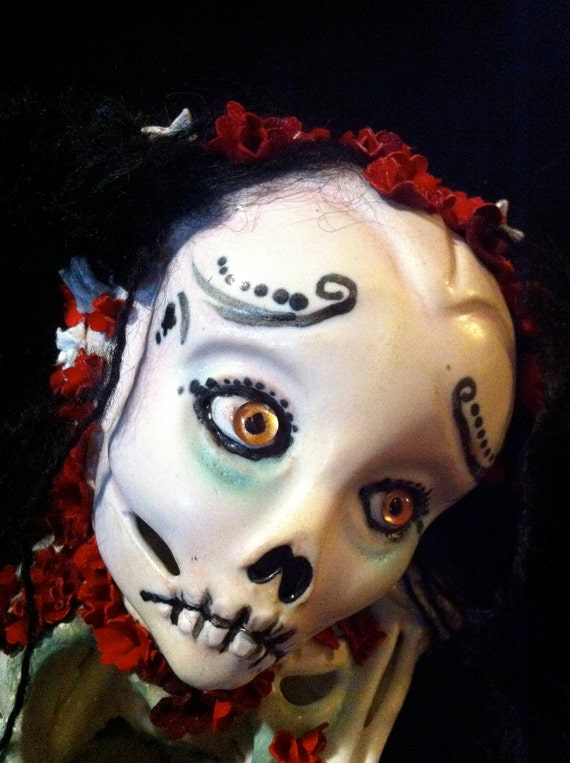Santa Muerte 'Black Friday' SugAr SkuLL...OOAK handmade zombie Saint...Calavera reliquary art doll  with heARt