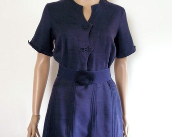 1950s Vintage Dress Navy Pintucked Scalloped Curvy Shirtwaist Dress / Medium