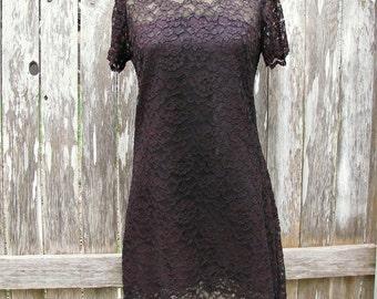 On Sale Vintage 70s Scalloped BLACK LACE Short Sleeved Womans Misses Sz 4 Sz 6 Dress