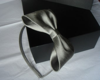 silver grey dupioni silk alice band with large bow by Agnes